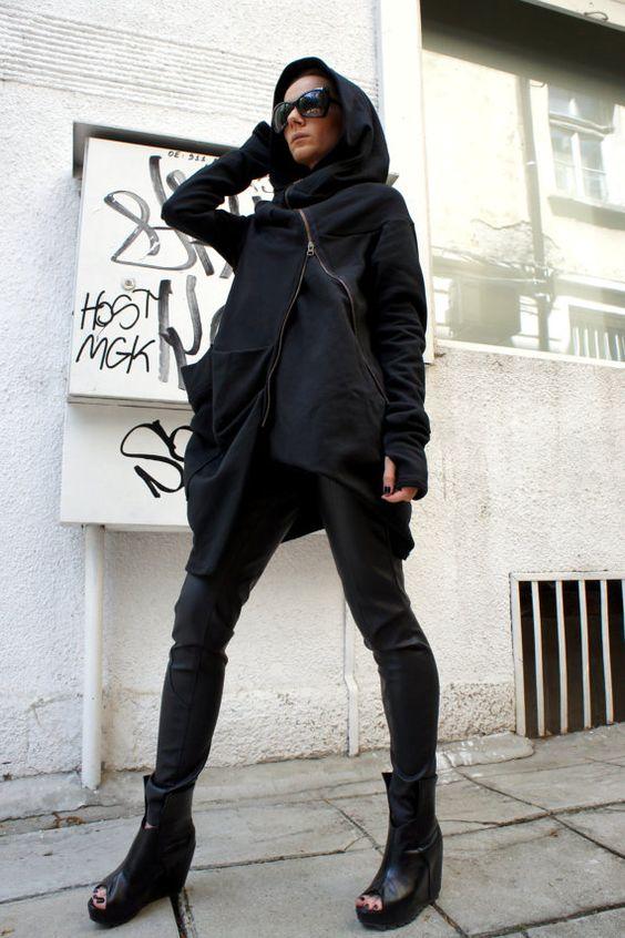 Asymmetryc Extravagant manteau noir de Hoodded / Qilted Cottom A07015