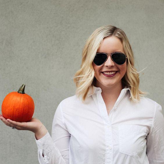 Being basic step one: take a photo holding a mini pumpkin.  || #pumpkin #minipumpkin #october #fall #halloween #mytinyatlas #sf #ootd by kate_oregan