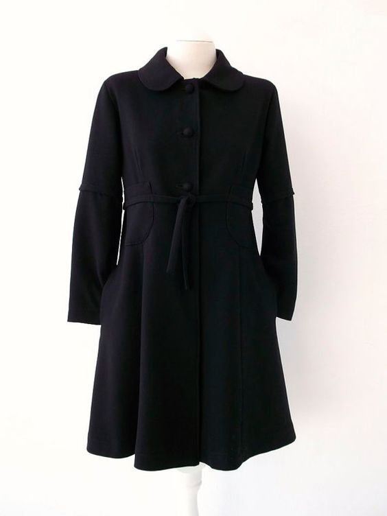 Black Crepe Wool Coat 60'S Style Luci Lü by twyggi. Explore more products on http://twyggi.etsy.com