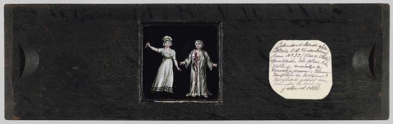 Anonymous | Moordenares en haar slachtoffer, Anonymous, in or after 1793 - c. 1830 | Vierkante glasplaat in houten vatting. Een vrouw gekleed in jurk en met muts op, ten voeten uit, met mes in haar geheven hand. Naast haar een man, ten voeten uit, in witte kamerjas en met een tulband om zijn hoofd. In zijn borststreek een bloedende wond. Vrijwel zeker Jean-Paul Marat en zijn moordenares Charlotte Corday. De achtergrond is zwart.