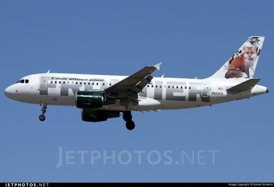 FRONTIER - Airbus A319-111 by Daniel Schwinn