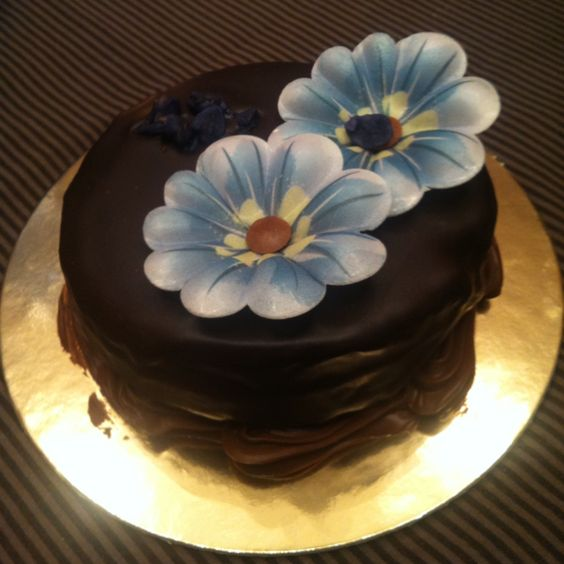 What a beautiful cake