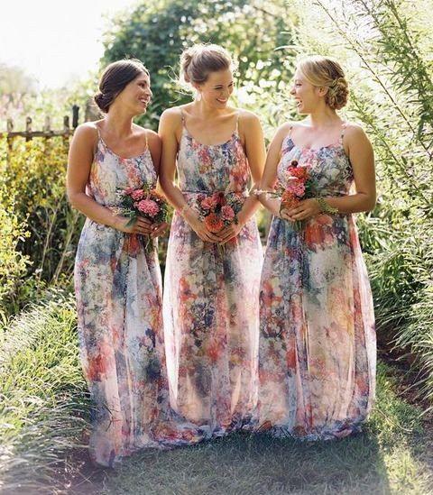 23 Vestidos de Dama de Honor con Estampado Floral - Bodas
