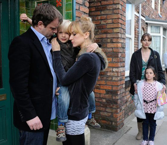 The Becky Steve Tracy Triangle Now Plays In Selfridges And Is Awesome Dm Coronation Street Pinterest Tvs