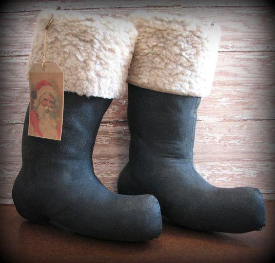 Primitive Santa Boots Christmas Decor Primitive santa, Decor and