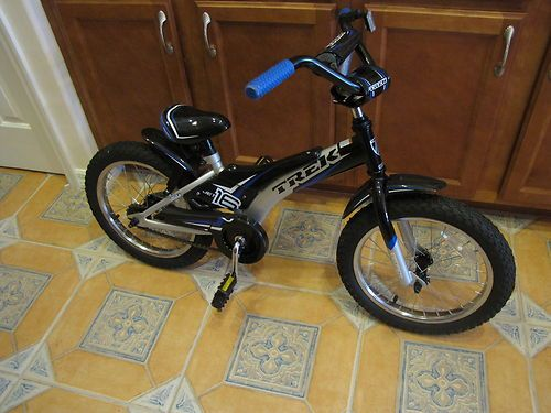 Boy's Childrens Trek jet 16 bike bicycle grows with you dialed fit design NEW