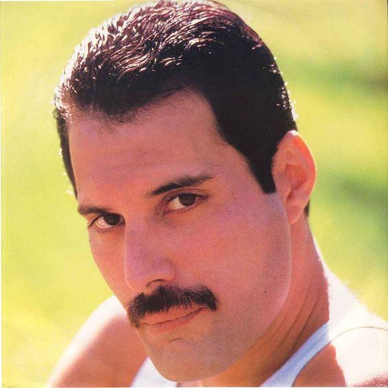 Freddie Mercury – Let's Turn It On (single cover art)