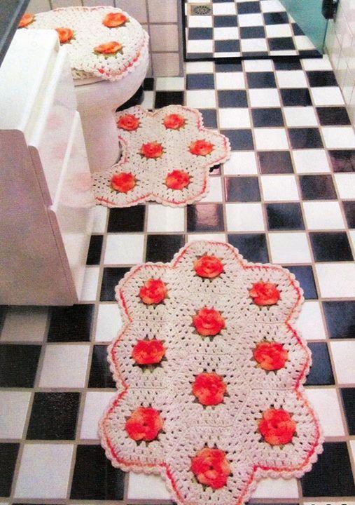 juego de baño y alfombra