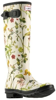 These boots were designed especially for the Royal Horticultural Society! ♡ Emma…
