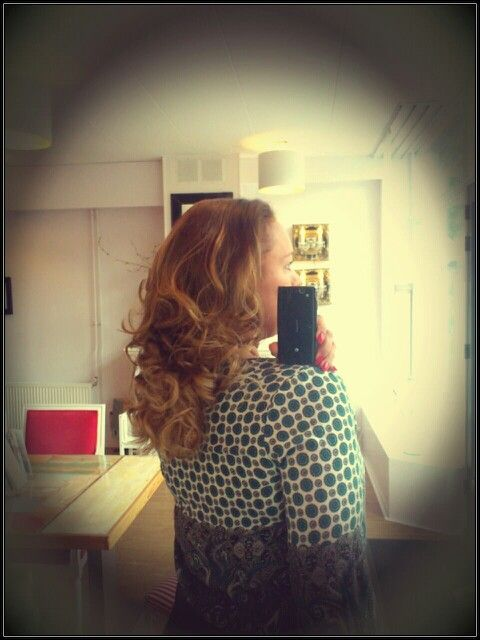 In love with ombre hair!! And curls for that matter....