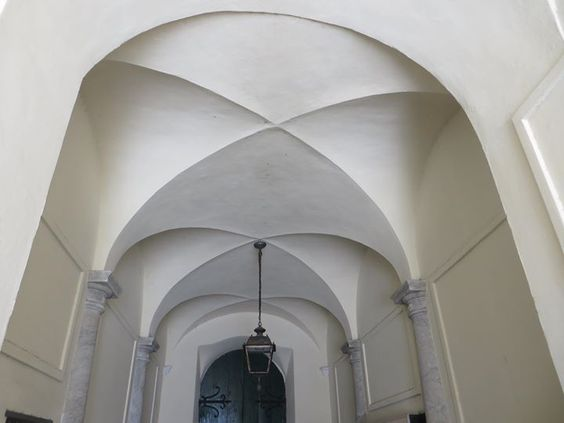 Sanremo (IM) Palazzo Roverizio (XVIII sec.)