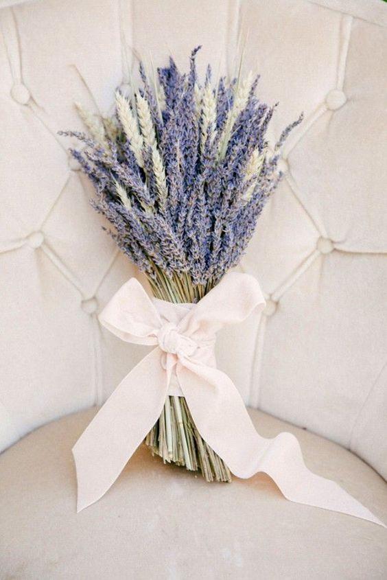 gorgeous and fragrant lavender wedding bouquet ideas