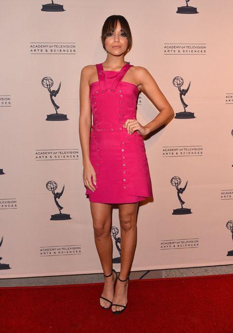 Ashley Madekwe Sexy | Ashley Madekwe Poses at Emmys Evening With Revenge, March 4, 2013