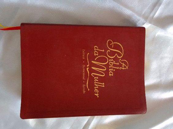 Bíblia da Mulher grande novinha