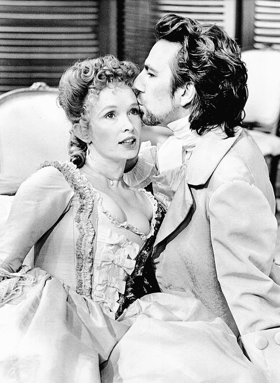 Alan Rickman and Lindsay Duncan in the RSC production of Les Liaisons Dangereuses, 1987.: