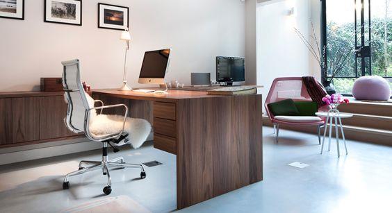 Werkkamer, bureau en kast op maat gemaakt, Americaas Notenhout | Diana van den Boomen