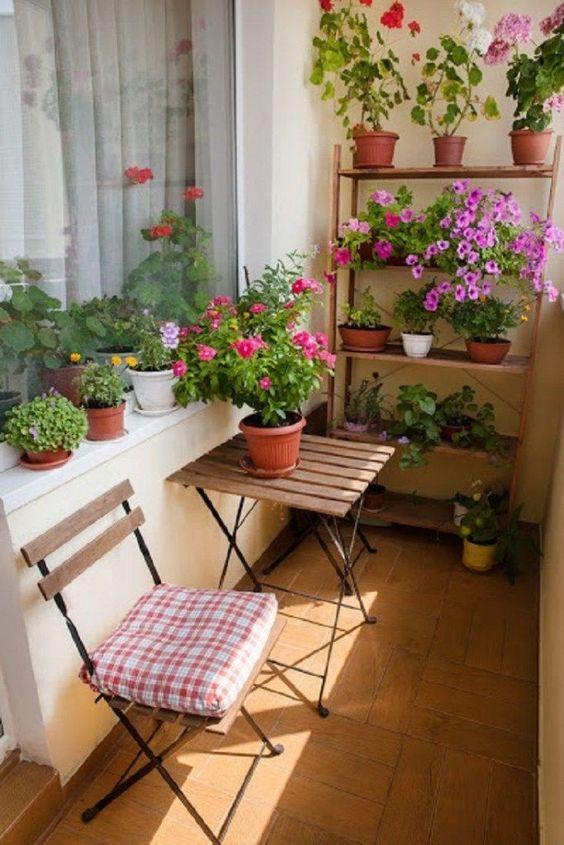 66 kreative kleine Balkon-Design-Ideen für den Frühling ~ Matchness.com, #BalkonDesignIdeen #den #Frühling #für #kleine #kreative #Matchnesscom