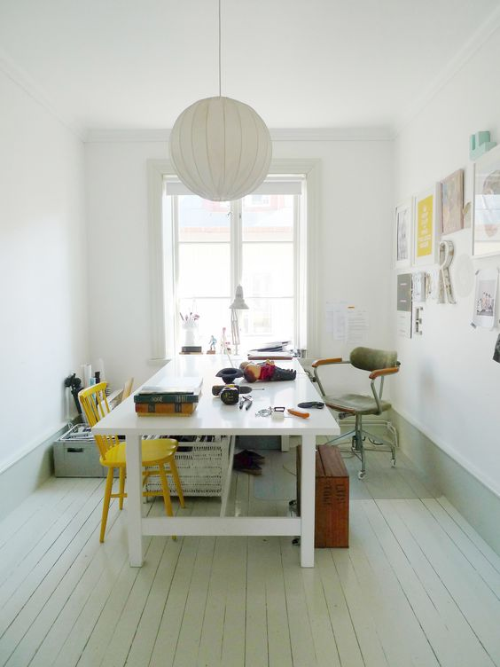 Norden table by Ikea. I have two in my studio.