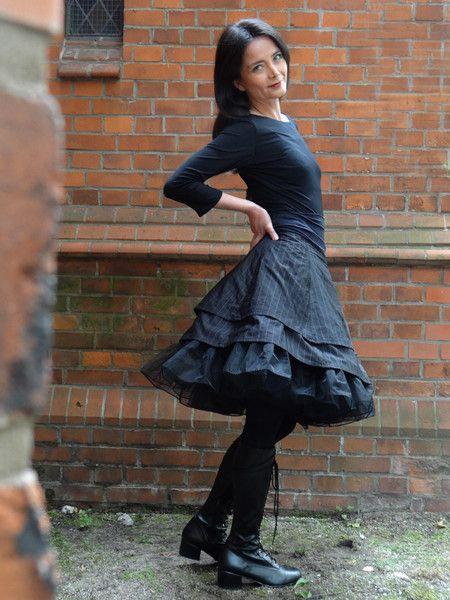 Stufenröcke - Stufenrock schwarzerTaft Maßanfertigung - ein Designerstück von…