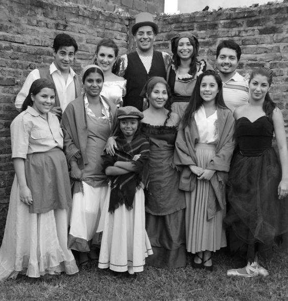 alumnos escuela de teatro musical y amigos colegas del arte PH WANDA CAMAROTTA  https://www.facebook.com/wanda.camarotta?ref=ts&fref=ts https://www.facebook.com/pages/Sergio-Dominguez-Escuela-y-arte/720390881337610?fref=ts