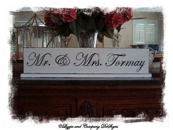 Mr & Mrs TaBLe SiGn - SweetHeaRT TaBle SiGn by lizzieandcompany