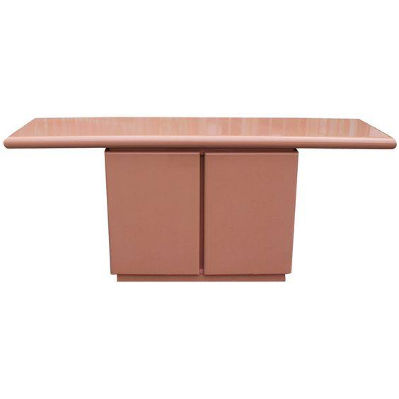 Lacquered Console Tables lacquered console tables 6 Stunning Lacquered Console Tables for A Trendy Interior 4a83bfd729c679b05fea7b639f8701c9