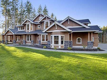 Craftsman guest bedrooms and house plans on pinterest for Large craftsman house plans