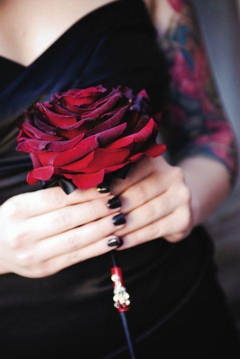 66 Dramatic And Elegant Goth Wedding Ideas | HappyWedd.com