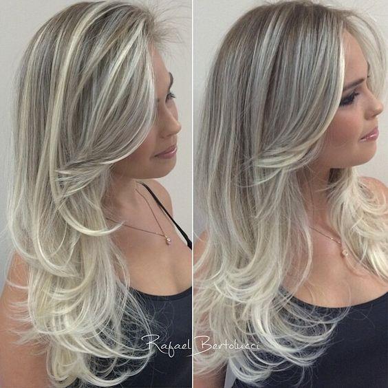 Cortes de cabelo longos 2020 platinado