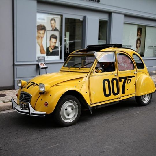 007 2cv Toy Car Citroen