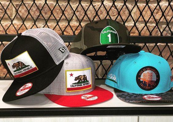 Escolha um.   Camisas exclusivas a partir de R$ 39,90 Saiba mais aqui:http://www.vitrinepix.com.br/dubarato #cap #snapback #strapback #abareta