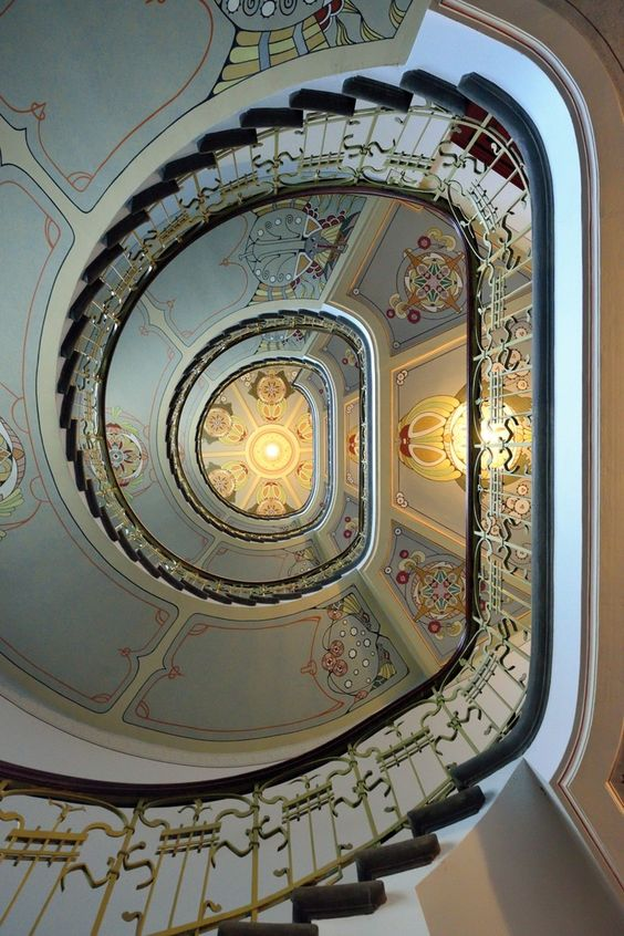 Jugendstil stairs: