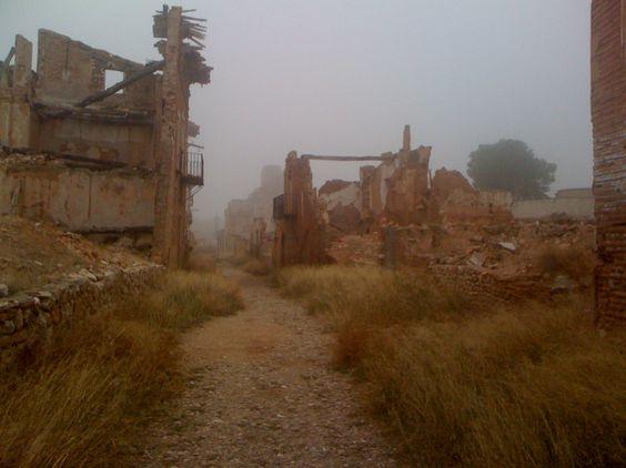 Pueblo viejo de Belchite 4a92b4d72a3d75036c425ea78a15ce45