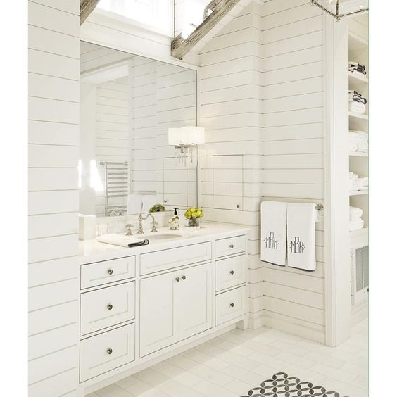 """white after labor day. #yayornay #yesindeed #masterbath"""