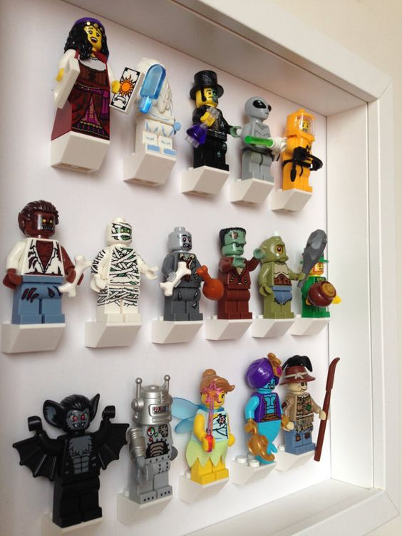 LEGO MINECRAFT Minifigure Display Frame Case Stand Creeper Gift Present