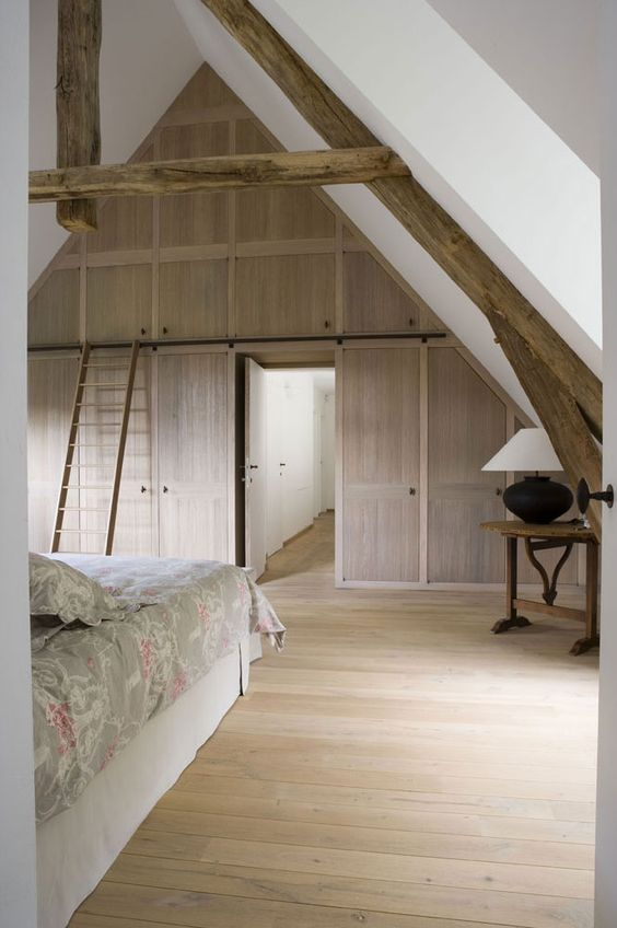 Construction villas and modern rustic bedrooms on pinterest for Decoration interieur villa luxe