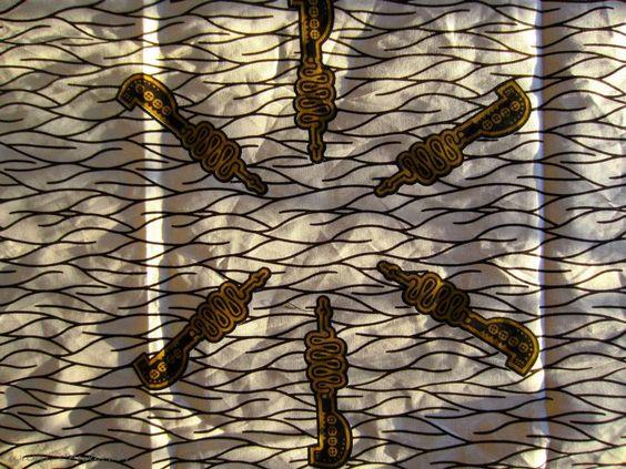 Photo tissu pagne wax africain by www.cewax.fr