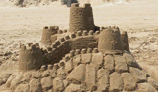 homokvár építés