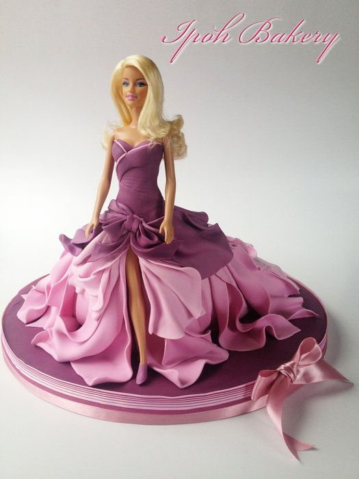 Birthdays, Cakes and Gowns on Pinterest