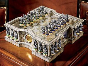 Lord of the rings collector 39 s chess set noble collection hobbit chess sets pinterest the - Lord of the rings chess set for sale ...
