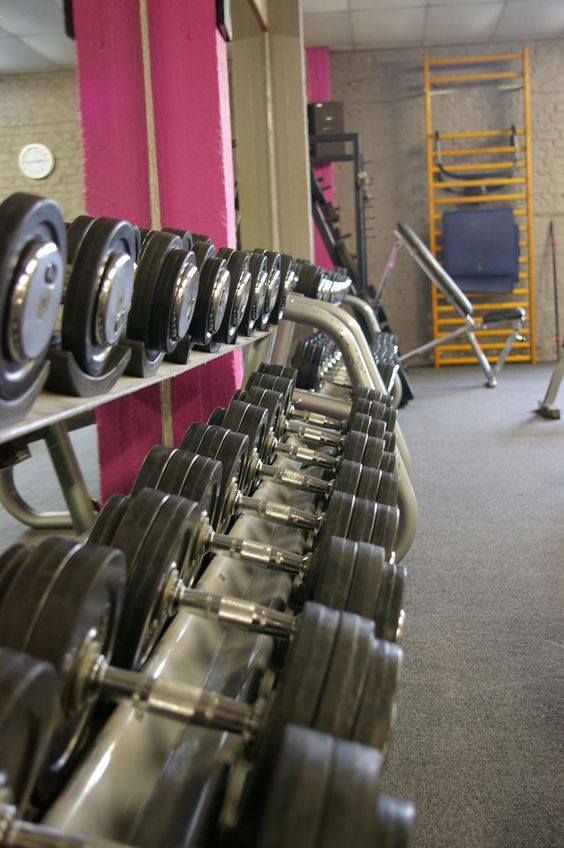 prendre des poids pour en perdre sport musculation legymnasium salle fitness halt res. Black Bedroom Furniture Sets. Home Design Ideas