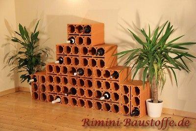 rimini-baustoffe.de /Vorschau Weinlagerstein Massiv als Pyramide aufgebaut