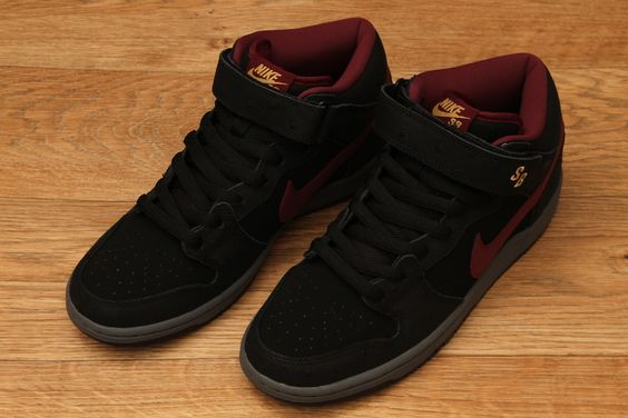 official photos 14a14 c445f ... new zealand nike sb dunk mid pro black cherrywood red light graphite  66.95 ab598 0bcae