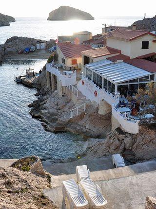 Un restaurant de poissons : La Baie des singes Marseille
