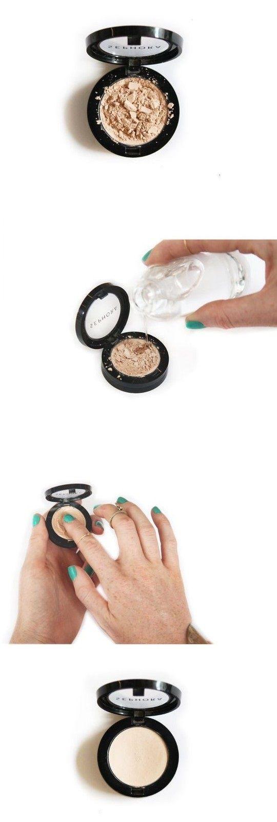 ¡No te deshagas de tu sombra favorita! Sigue estos sencillos pasos sobre cómo reparar maquillaje roto.