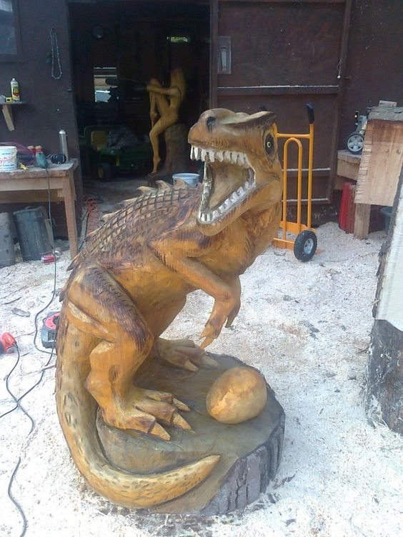 Hand carved with a chain saw chainsaw carving ideas