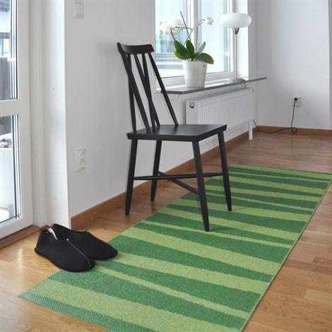 Åre Kunststoffteppich grün-dunkelgrün - 70 x 100cm - Sofie Sjöström Design