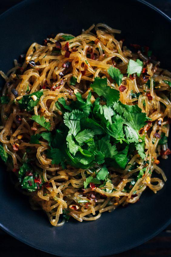 raw pad thai with kelp noodles #raw #vegan #recipe