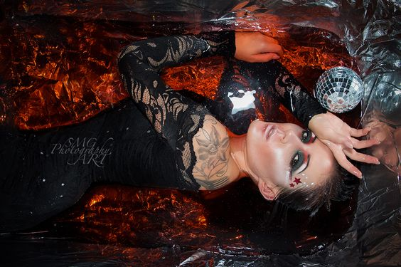 Hochgeladen von Sarah Garvey auf ShootingFabrik.com. Die Plattform für Fotografen, Modelle, Visagisten, Stylisten, Studios, Bildbearbeiter und alle Foto-Begeisterten.