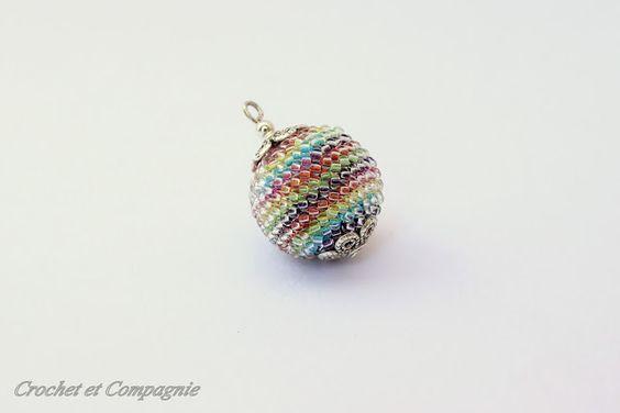 Crochet et compagnie: Parure au crochet multicolore